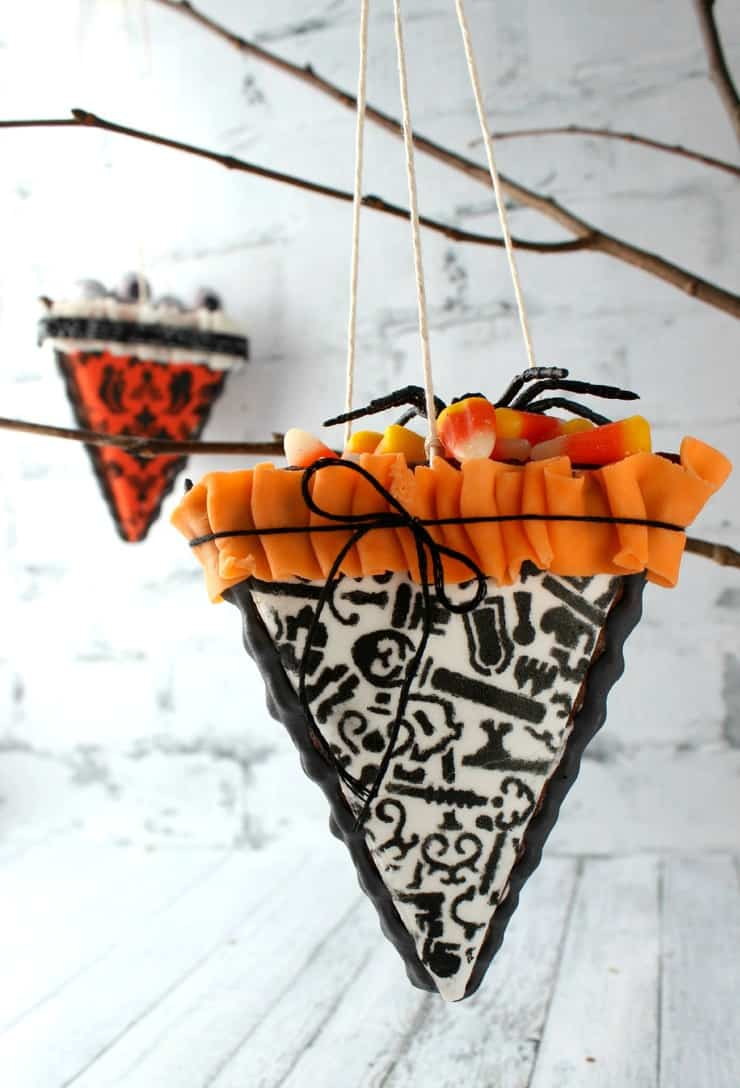 Learn how to make these Halloween cookie cone favorites in an easy, step-by-step tutorial!