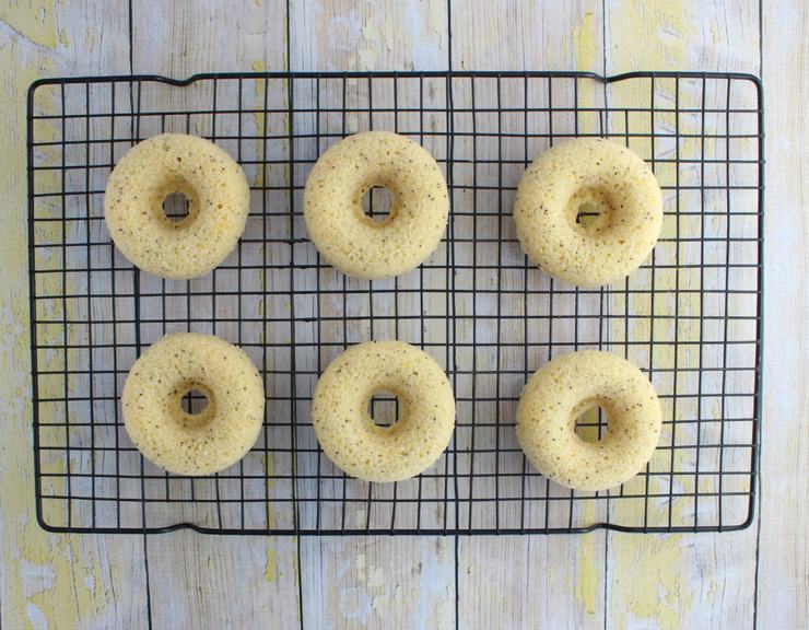 Lemon poppy seed doughnuts