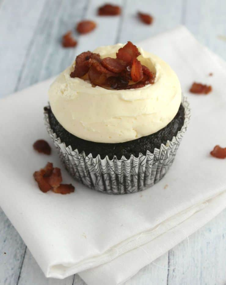 Celebrate fall with these rich chocolate maple bacon cupcakes!