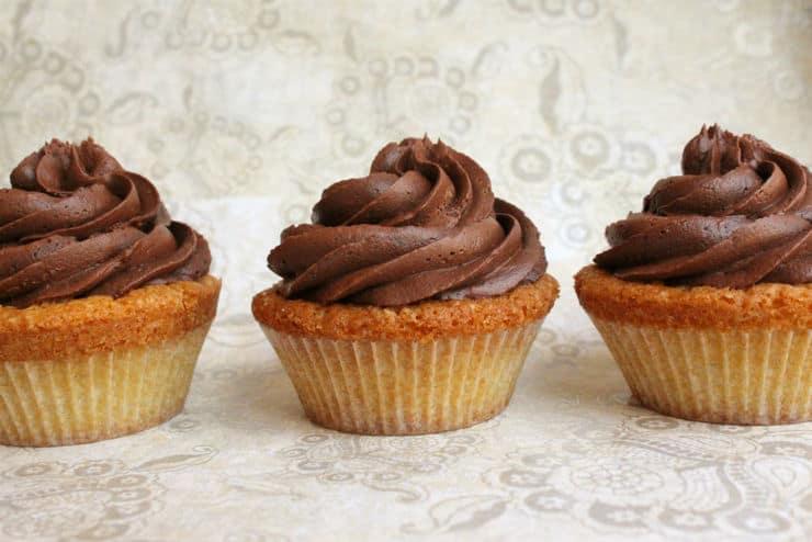 Boston Cream Pie Cupcakes The Simple Sweet Life