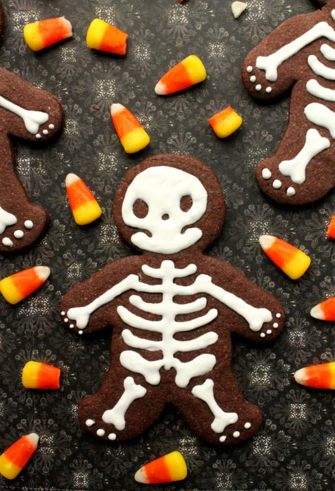 Chocolate Halloween skeleton cookies
