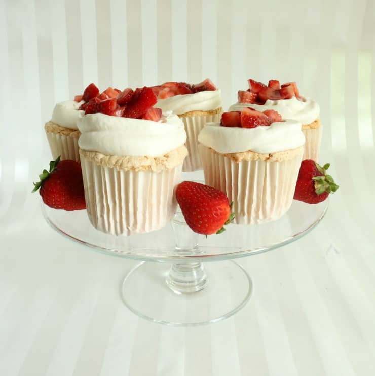 fresh strawberry shortcake cupcakes