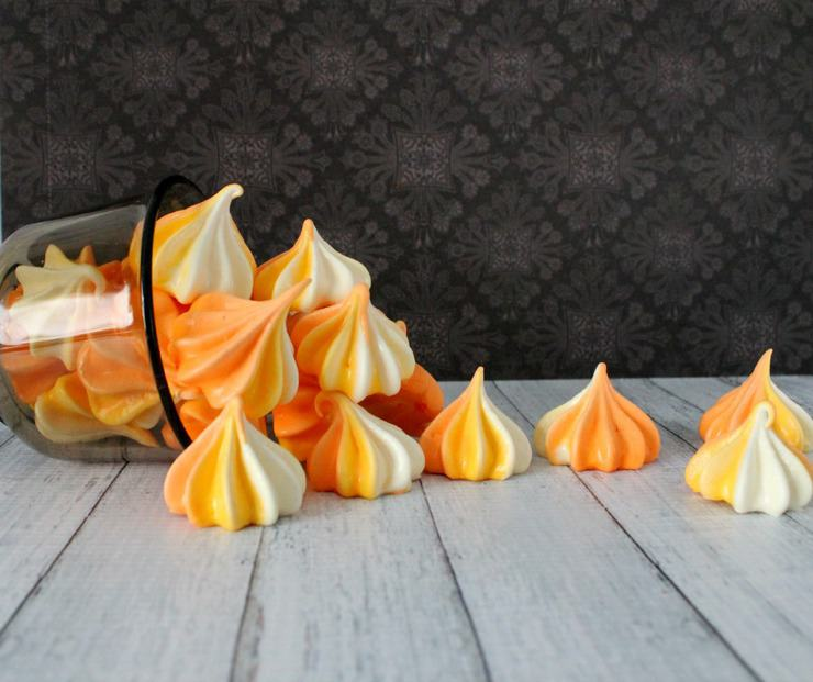 These easy candy corn meringues are perfect for any fall or Halloween event!
