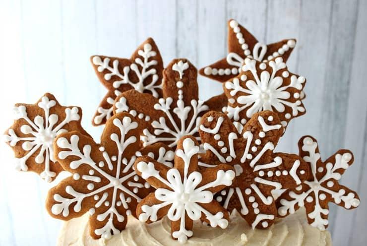 gingerbread cookie garnish