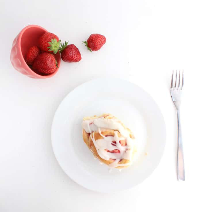 Make the most of that fresh summer fruit with these easy, make-ahead strawberry and cream sweet rolls! | The Simple, Sweet Life