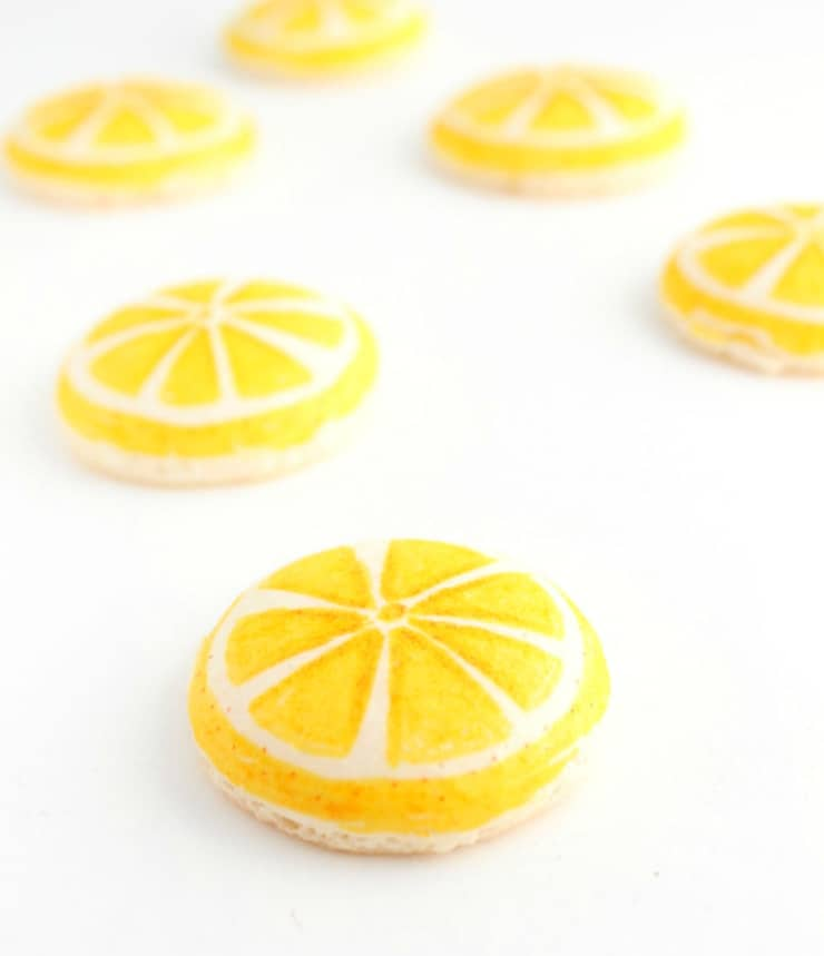 DIY lemon macarons with food pens