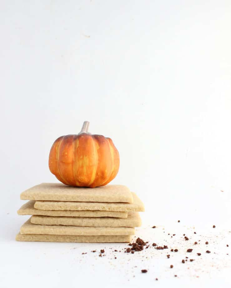 Decorating cookies? Give them a fall kick with this pumpkin spice latte cutout cookie recipe! | The Simple, Sweet Life