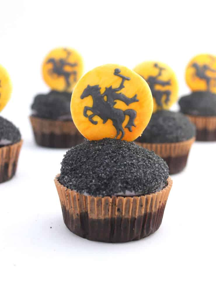 Easy Halloween cupcakes from The Simple, Sweet Life