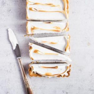 sliced smore tart