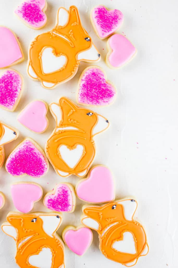 Make your day extra sweet with these corgi cookies | Include FREE cookie template